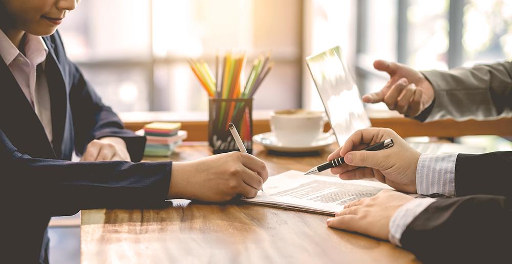 ¿Está obligada la empresa a facilitar a la representación de los trabajadores datos que no estén en la copia básica del contrato de trabajo?